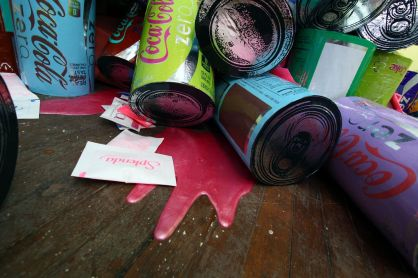 tasty paint pour detail